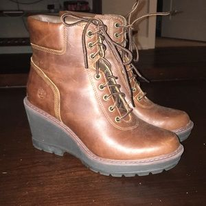 Timberland wedge boots size 7 great condition